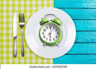 Intermittent fastin concept