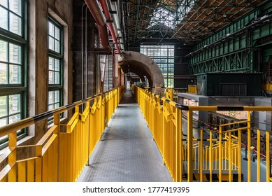 Internal building structure and access of steel plant