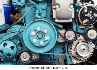 Internal combustion engine automotive, engine fragment close-up.