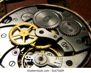 Internal mechanical clockworks old watch