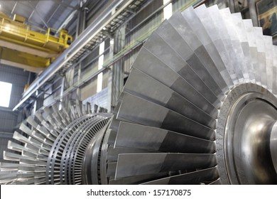 Internal rotor of a steam Turbine at workshop