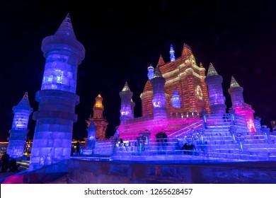 毎年冬に中国のハルビンで行われる国際雪氷祭