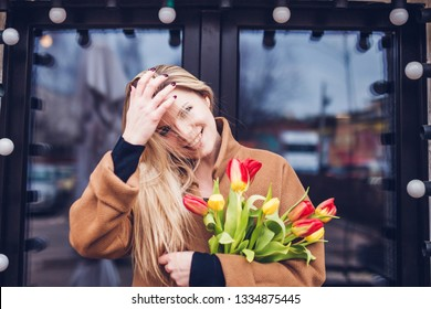 International Women's Day March 8 - Give women happiness and flowers