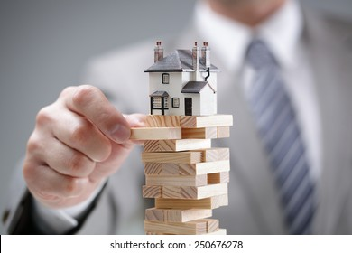 Investment risk and uncertainty in the real estate housing market