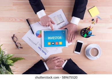 INVESTOR CONCEPT ON TABLET PC SCREEN