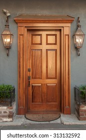 An inviting doorway in the historical district of Charleston, South Carolina.
