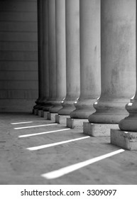 Ionic columns at Palace of the Legion of Honor in San Francisco (black and white).