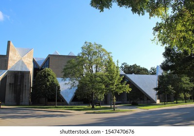 IOWA CITY, IOWA - AUGUST 2019: Hardin Library for Health Sciences at the University of Iowa in August 2019 in Iowa City, IA. The architect, Walter Netsch, was affiliated with Skidmore Owings & Merrill