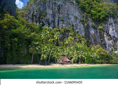 Ipil Beach on Pinagbuyutan Island, Near El Nido, Palawan, Philippines