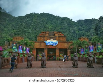 IPOH, MALAYSIA - MARCH, 2018: Atmosphere at Lost World of Tambun on March, 2018. This Multi-Activity Theme Park offers a lots of activity and experience for family vacation.