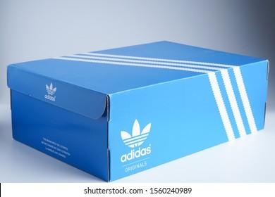 Adidas Shoe Box Images, Stock Photos & Vectors | Shutterstock