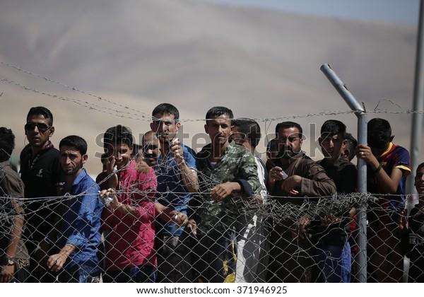 IRAQ / Sulaymaniyah / Arbat Camp 26 Jan 2015    Arbat aid distribution in refugee camps
