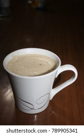 Irish coffee is an excellent hot drink that cools in cold weather and cools in warm days. It's easy to prepare and quickly spread from Ireland to the whole world.Select focus