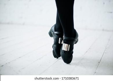 irish dancing shoes, hard shoes
