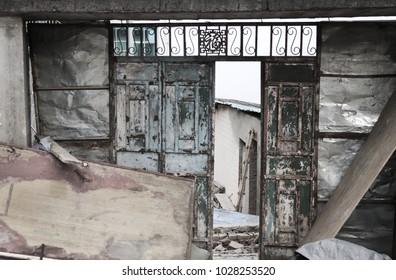 Iron door of an abandoned building (Yuanyang, Yunnan, China)