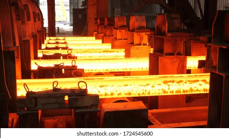 Iron foundry. Continuous casting machine. Production of steel billets.