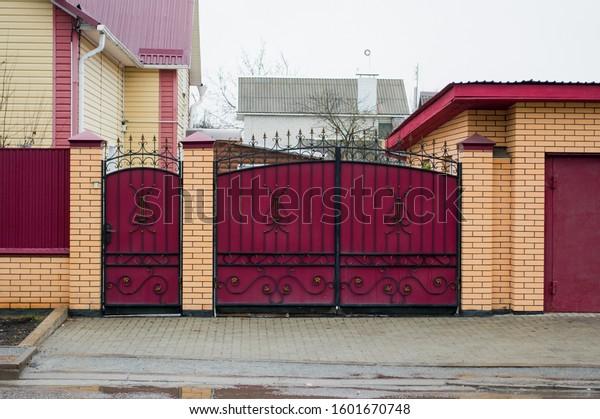 iron-gate-ornamental-wrought-beautiful-6