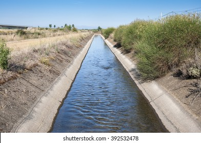 Irrigation ditch in the plain of the River Esla, in Leon Province, Spain.