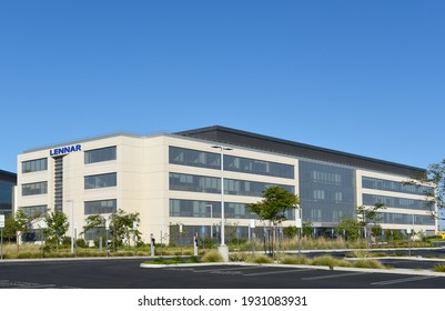 IRVINE, CALIFORNIA - 25 APRIL 2020: Lennar headquarters at the FivePoint Gateway in central Orange County.
