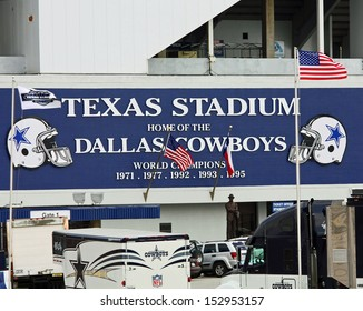 IRVING - NOV 14: Texas Stadium former home of the Dallas Cowboys football team. November 14. 2008 in Irving, Texas.