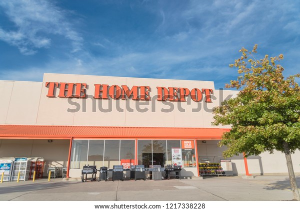 Irving Tx Usoct 30 2018home Depot Stock Photo Edit Now 1217338228