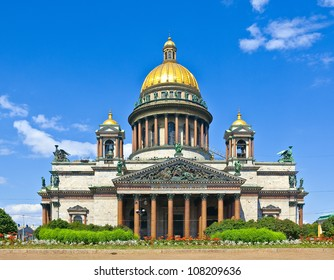 Isaac's Cathedral in St.-Petersburg, Russia