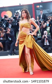 Isabeli Fontana  walks the red carpet ahead of the Opening Ceremony  during the 76th Venice Film Festival at Sala Grande on August 28, 2019 in Venice, Italy.