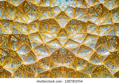 ISFAHAN, IRAN - OCTOBER 19, 2017: Unique technique of mirrorwork used in Chehel Sotoun Palace decoration, on October 19 in Isfahan