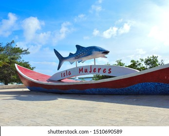 Isla Mujeres, Quintana Roo-Mexico sign with shark