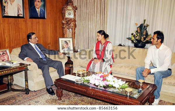 ISLAMABAD, PAKISTAN - SEPT 29: Prime Minister, Syed Yousuf Raza Gilani chairs the All Parties Conference (APC) on National Security held at PM House on September 29, 2011in Islamabad .