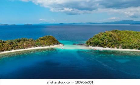 Island hopping in Port Barton, San Vicente, Palawan, Phillipines