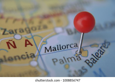 Island Palma Mallorca pinned on map with red pin, Spain