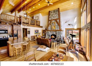Rustic Cabin Interior Images, Stock Photos & Vectors ...