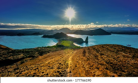 Bartolom���© Island, a perfect spot to enjoy the sunset on the Galapagos Islands