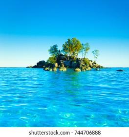 Island Scene Summer