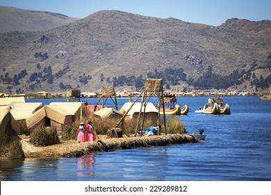 Island Uros, Lago Titicaca, Puno, Peru