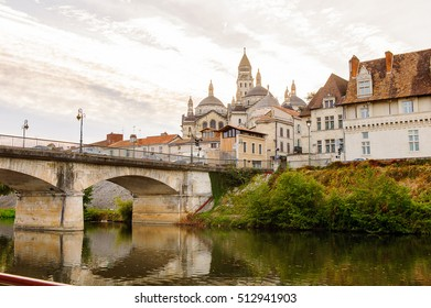 Isle river and town of Perigueux, France.