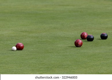 ISLE OF THORNS, SUSSEX/UK - SEPTEMBER 3 : Lawn bowls match at Isle of Thorns Chelwood Gate in Sussex on September 3, 2015