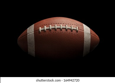 Einziger amerikanischer Fußballball auf schwarzem Hintergrund