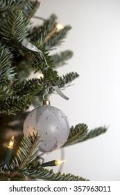 Isolated chirstmas tree decoration / ballball