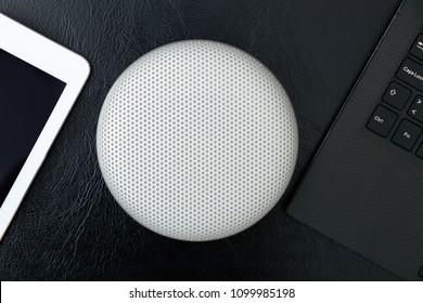 Isolated creative design portable wireless bluetooth speaker for music listen