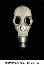 Isolated dark gas mask without filter
