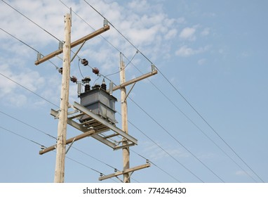 Isolated power transformer