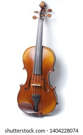 isolated violin on a white background