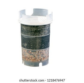Isolated water purification filter with activated charcoal