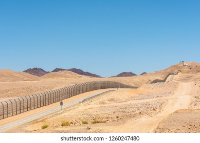 Israel border with Egypt in the Negev desert - December 15th 2018