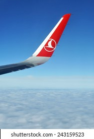 ISTANBUL - DEC 31: Airbus A-321 wing and wingtip device during Turkish Airlines Airbus A-321 flight in the sky on December 31 2014.
