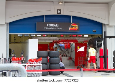 ISTANBUL - MAY 08: Fernando Alonso's garage pack up after 2011 F1 Turkish Grand Prix on May 08, 2011 Istanbul, Turkey