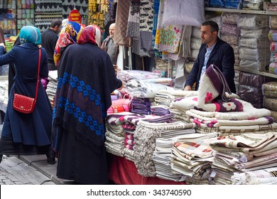 ISTANBUL, TURKEY, 01 APRIL 2015: People shopping in the Grand Bazar in Istanbul, Turkey, one of the largest covered markets in the world, Istanbul