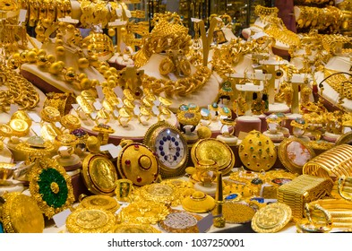 ISTANBUL, TURKEY, 15 NOVEMBER 2016: Gold Jewelry at the Egyptian Bazaar and the Grand Bazaar in Istanbul. Turkey.